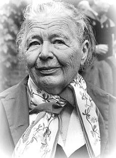 Una donna, una scrittrice che amo molto_Marguerite Yourcenar .